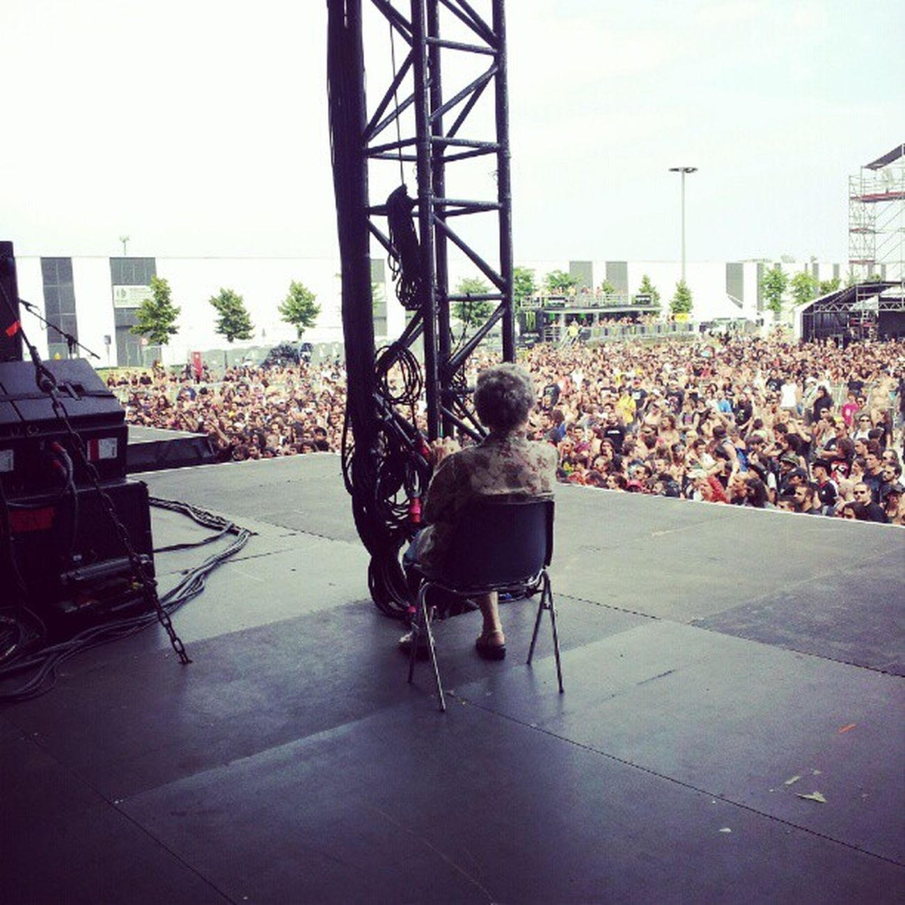 Mito! La nonna di Paolo dei Trivium lato palco GOM2012