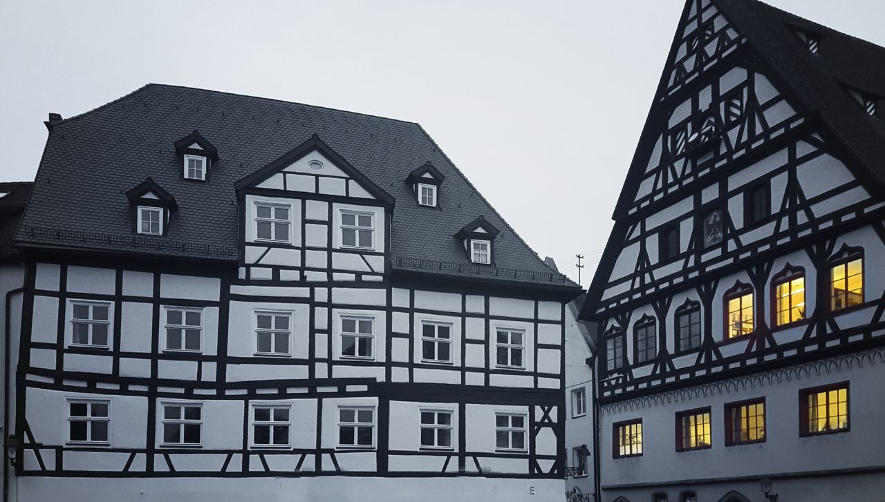 Built Structure Building Exterior Architecture Window No People Outdoors Sky City Day Germany Nördlingen The City Light Own Creation Welcome To Black