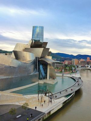 Taking Photos in Bilbao by Iñigo Conte Uribe