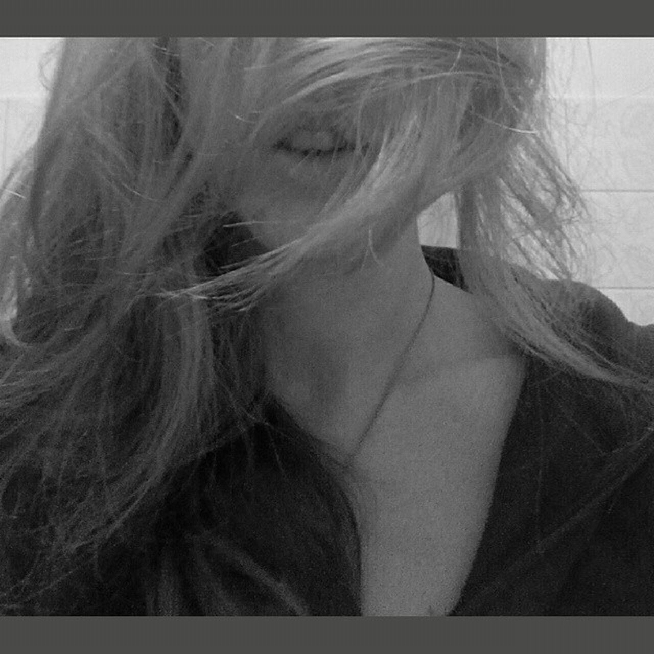 B&w Blackandwhite Blackandwhite Photography Photoshoot Grey Day Strange Days Art Artistic Photo Artistic Photography Storm Let Your Hair Down Stormy Weather Sadness Or Not?