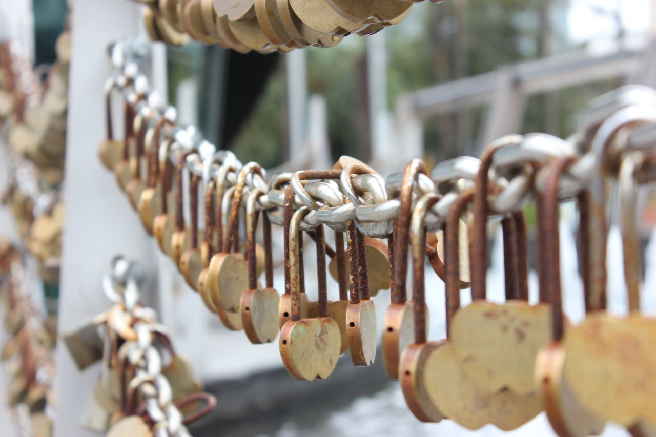 Chain Close-up Day Faith Focus On Foreground Hanging Lock Locks Love Love Locks Love Locks Bridge Love Locks Perth Metal No Filter, No Edit, Just Photography No People Outdoors