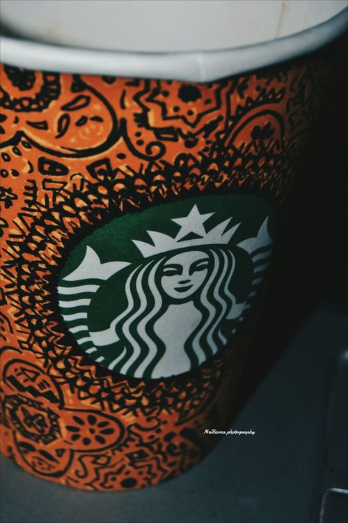 Starbucksis better with art !!❤ Hanging Out Check This Out Hello World Relaxing Hi! Enjoying Life Picsart Candy NikonD3100 Beauty Likeforlike Feel The Journey Follow4followback Nikonphotography Vacocam Mylens♡ Streetphotography Taking Photos Alexanderia Egypt Girl Power That's Me Enjoying Life Hanging Out Starbucks EyeEmNewHere
