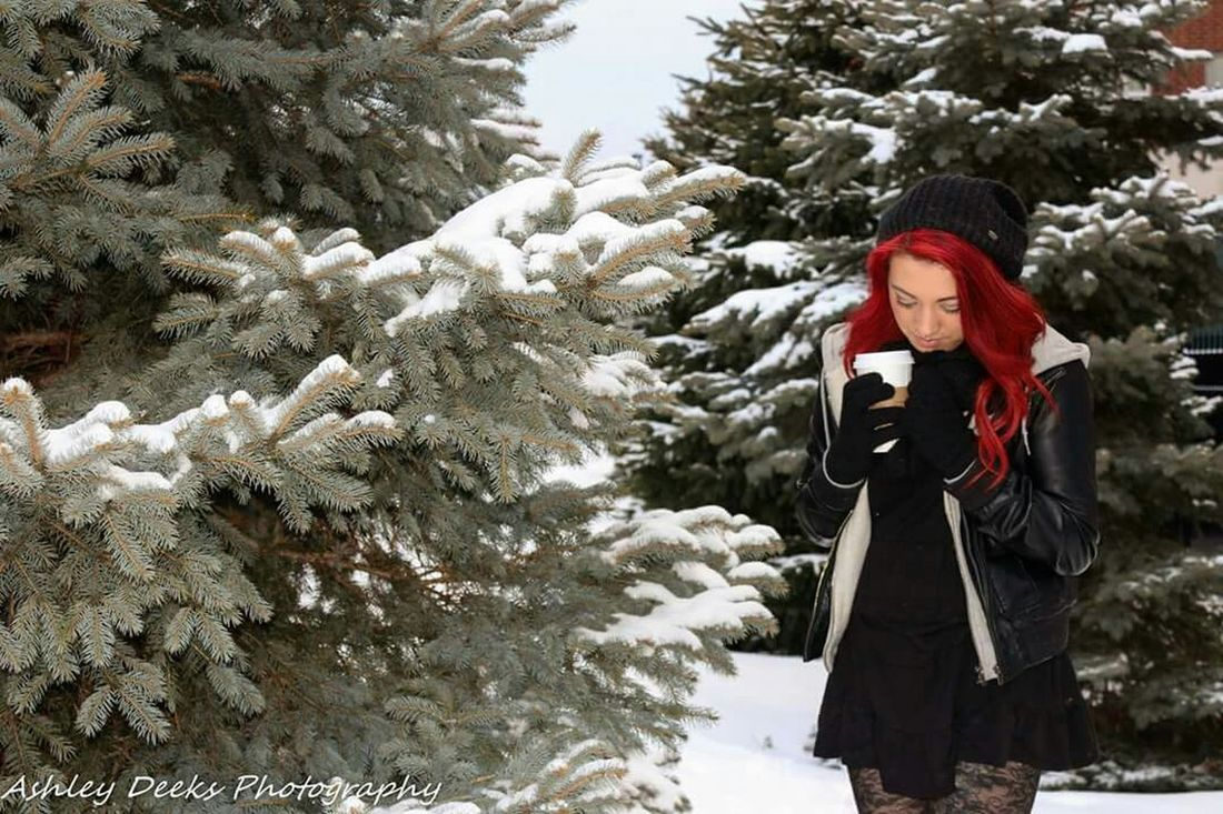 Beautiful Outdoor Photography UofA Portrait University Of Akron College Campus Life Students Portraits Snow