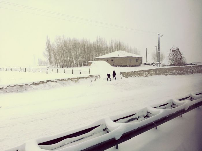 Ağrı Beauty In Nature Children Clean Cold Temperature Nature Outdoors Snow ❄ Way Back Home Winter Winter