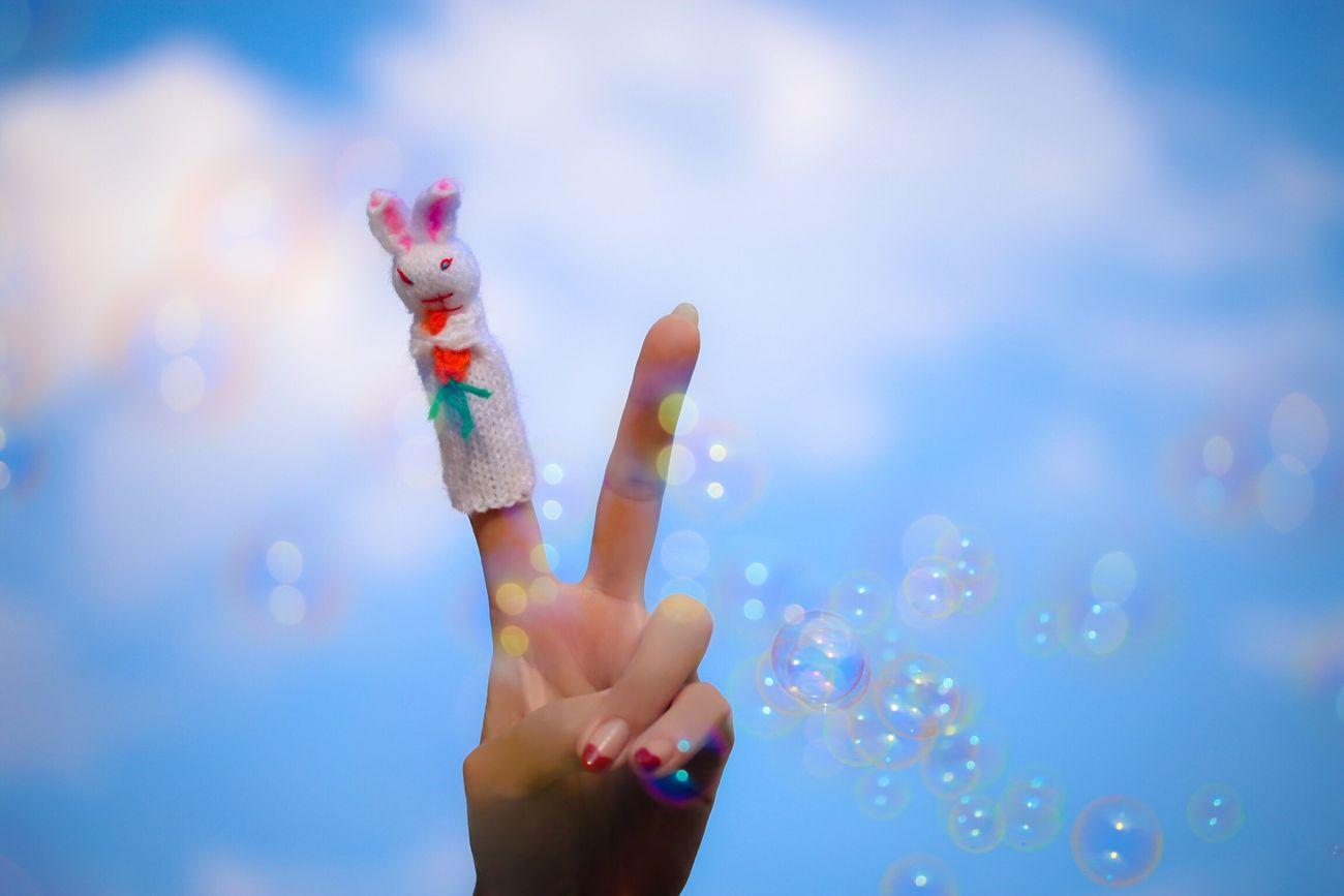 I am a dreamy rabbit Fingers Human Hand Peace ✌ Human Finger Rabbit Finger Puppets! My Unique Style Bubbles Blue Sky Friendship