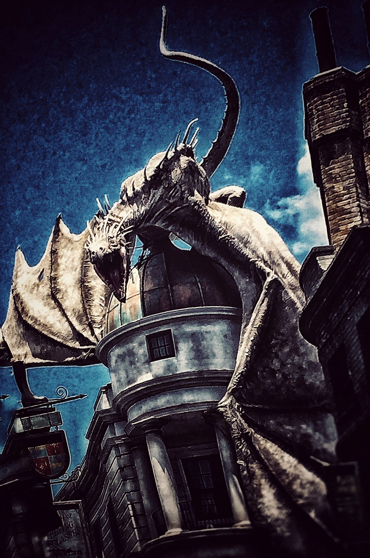 Universal Studios  Harrypotter Gringotts Dragon Diagon Alley My Unique Style From My Point Of View Edit Blew My Mind Could Feel The Fire Breathing Dragons Breath On My Face Hundreds Of Yards Away And 8 Stories Down! Loved My Visit Wingardium_Laviosa