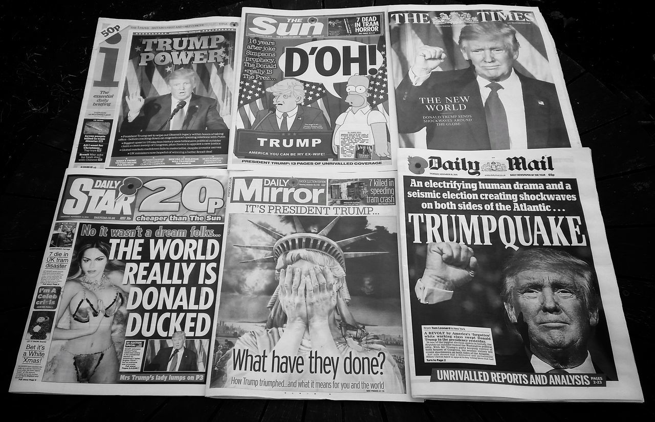 'Tabloid Media coverage in the Uk' Archival Text Newspapers Newspaper Politics Crisis GB Exceptional Photographs Political Shock