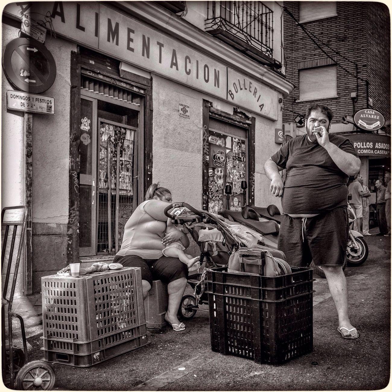 Black & White Street Photography from El Rastro market The Street Photographer - 2014 EyeEm Awards
