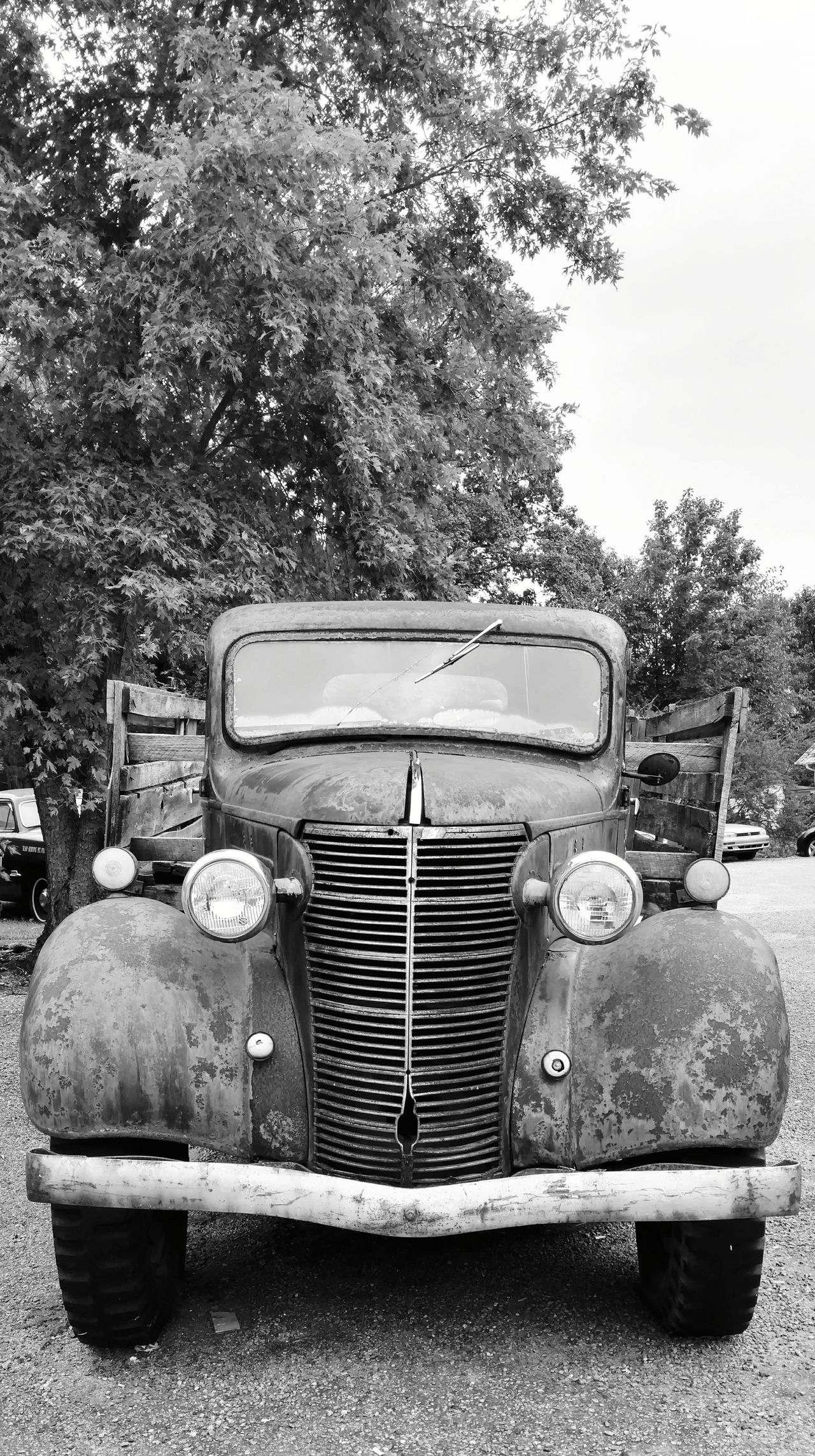 """""""The Darlins"""" old rusty truck! Retro Styled Transportation Close-up Land Vehicle Old-fashioned Mayberry Andy Griffith Show The Darlins Old And Rusty Classic Truck Museum Piece EyeEm Eye Gallery Cell Phone Photography"""