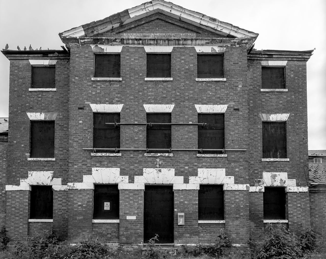 Saint Edmund's Hospital, Wellingborough Road, Northampton Workhouse Hospital Wellingborough Road Northampton Urban Monochrome Fujfilmxt10 Architecture Façade Black And White Derelict Decay