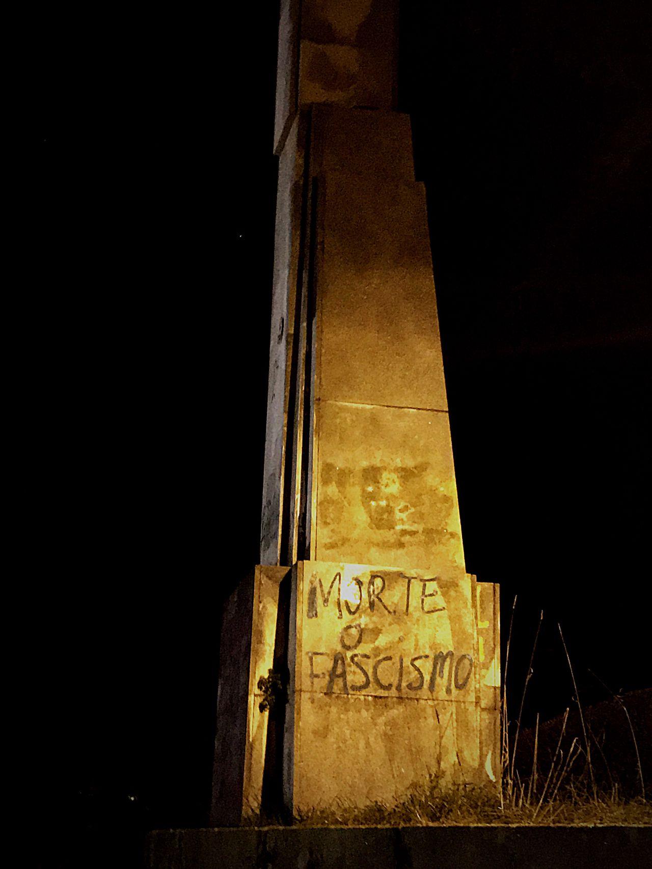 Architecture No Fascismo Night No People Muerte Al Fascismo