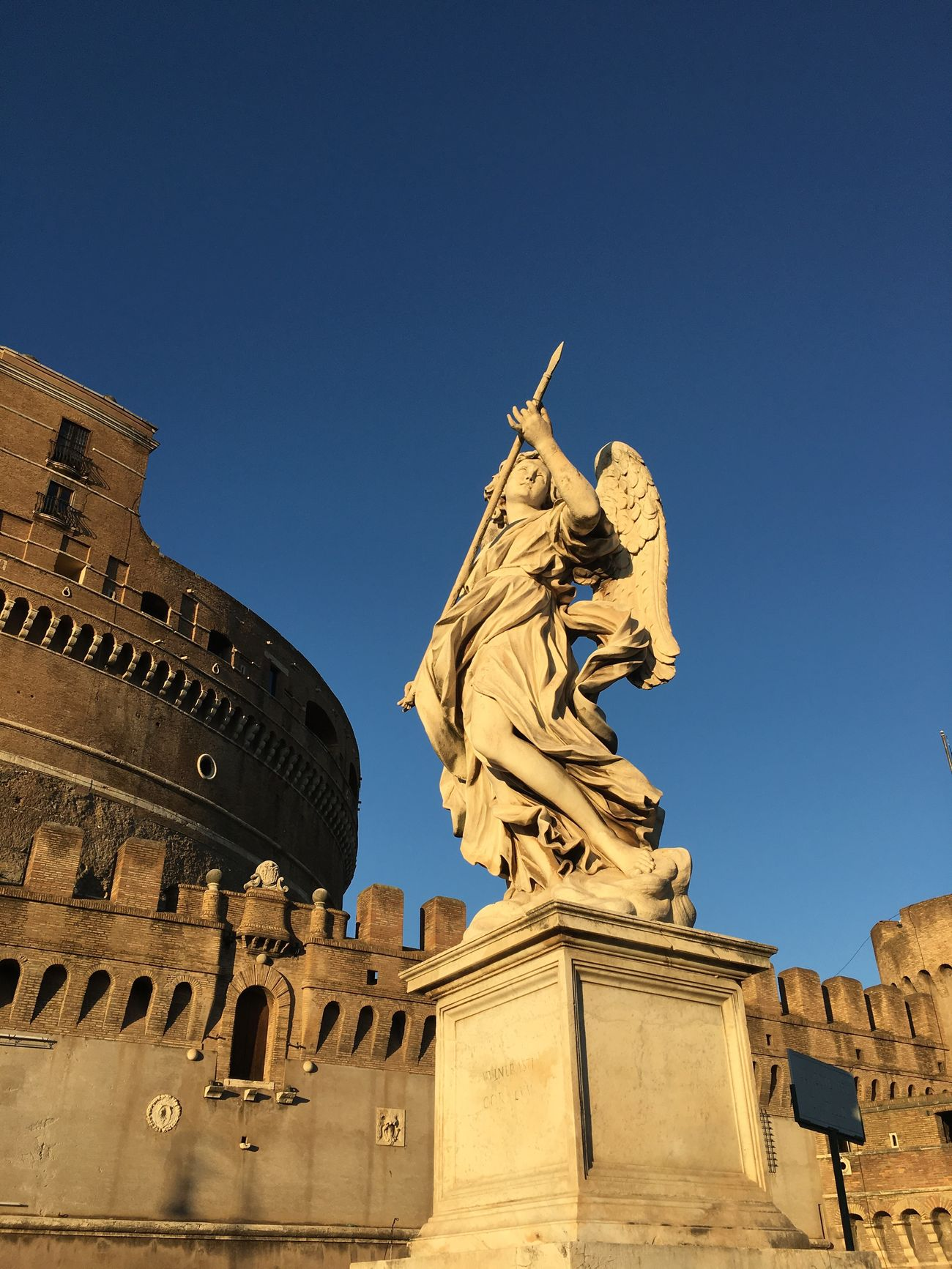 Roma Statue Clear Sky Architecture Creativity Building Exterior Sky Travel Destinations No People