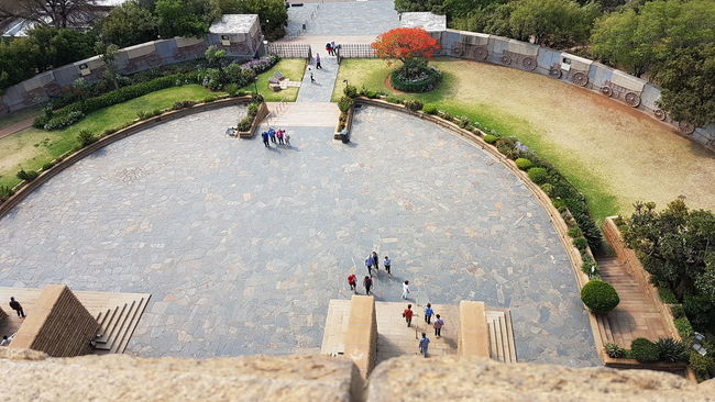 High Angle View Leisure Activity Lifestyles Men Person Large Group Of People Footpath Park - Man Made Space Travel Destinations Day Tourism Famous Place Vacations Outdoors Park Hedge Capital Cities  From Where I Stand National Landmark Pretoria Tshwane Voortrekker Monument Heritage Site Looking Down!