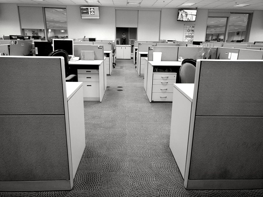 Indoors  No People Workplacedesign Workplace MotoZPlay Smartphonephotography EyeEm Best Shots Nophotoshop Business Desk Monochrome Photography