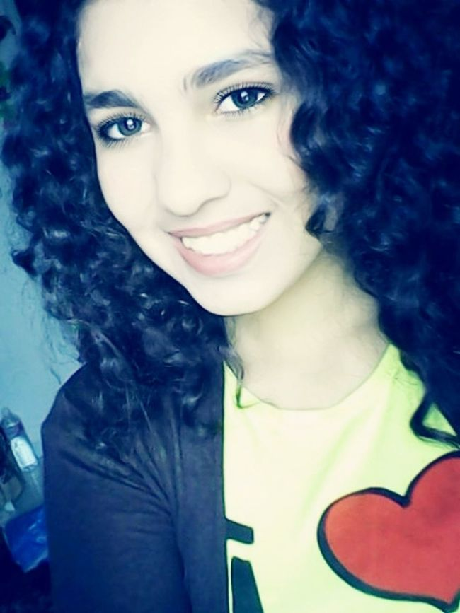 Curly Hair! Self Portrait Total Mess Lips #love #smile #pink #cute #pretty