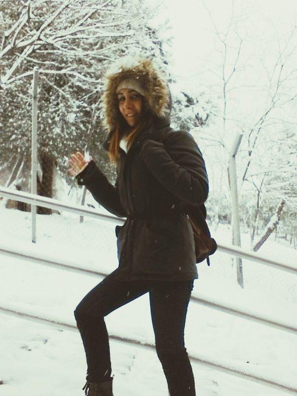 Kar üşürsen sevemezsin