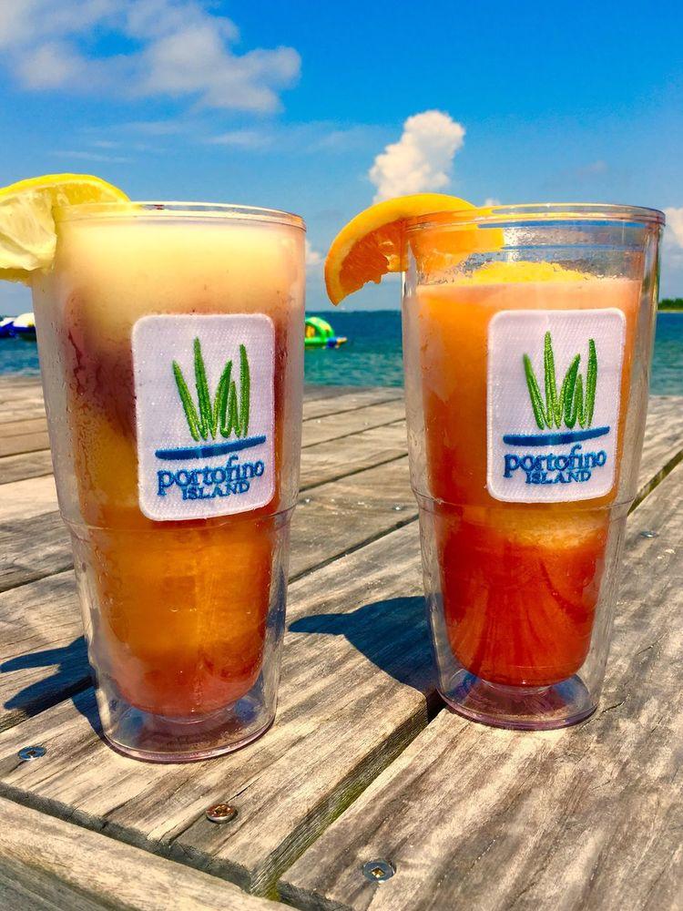 Drinks at the Dock at Portofino Island Resort Food And Drink Drink Refreshment Alcohol Pensacola Travel Pensacola Beach Florida Frozen Drink Frozen Drinks Travelling Traveling Travelgram Portofino Island Resort