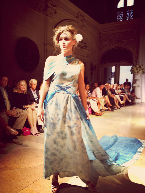 AU COURANT Fashion Event at Ochre Court by Edward Garou