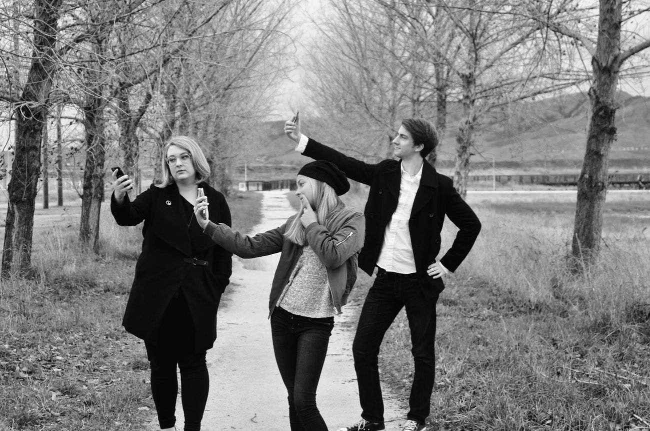 My Year My View Friendship Togetherness Happiness Bonding Fun Siblings Baylands Park Sunnyvale Fine Art Photography Blackandwhite Shootermag Bw_collection EyeEm Best Shots Selfies