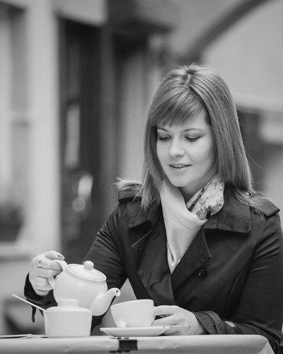 my tea memories.... English Tea Self Portrait City Streetphoto_bw Blackandwhite Bnw Enjoying Life Walking Portrait Black And White Traveling Like4like Beautiful Day Memories Portrait Of A Girl