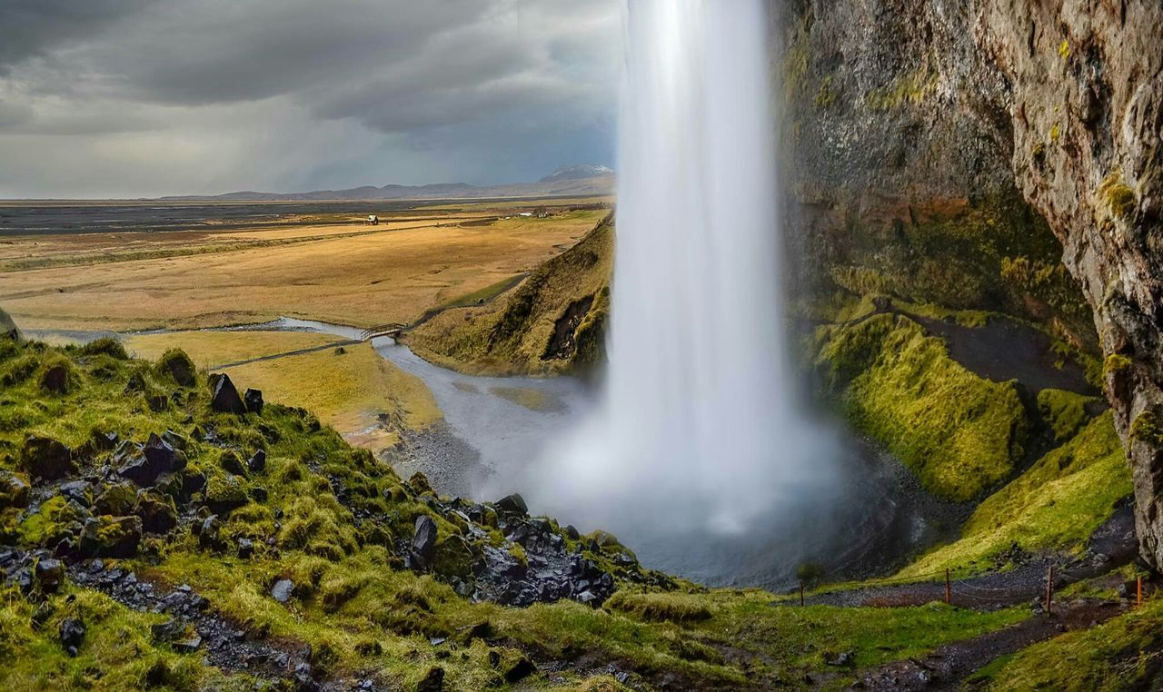 Waterfall Iceland Extreme Photography Beautiful Hike Traveling Landscape Nature Photooftheday Waterfall in Iceland