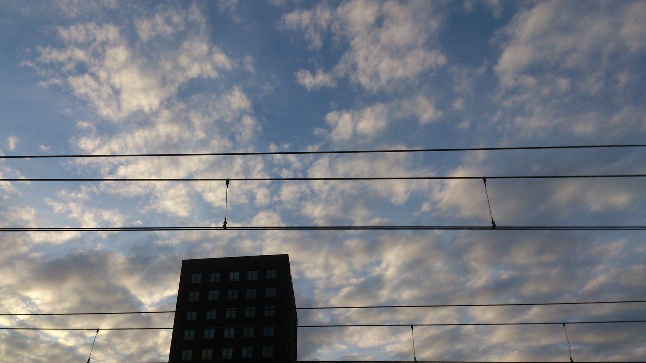 Cloudporn Train Line Den Haag