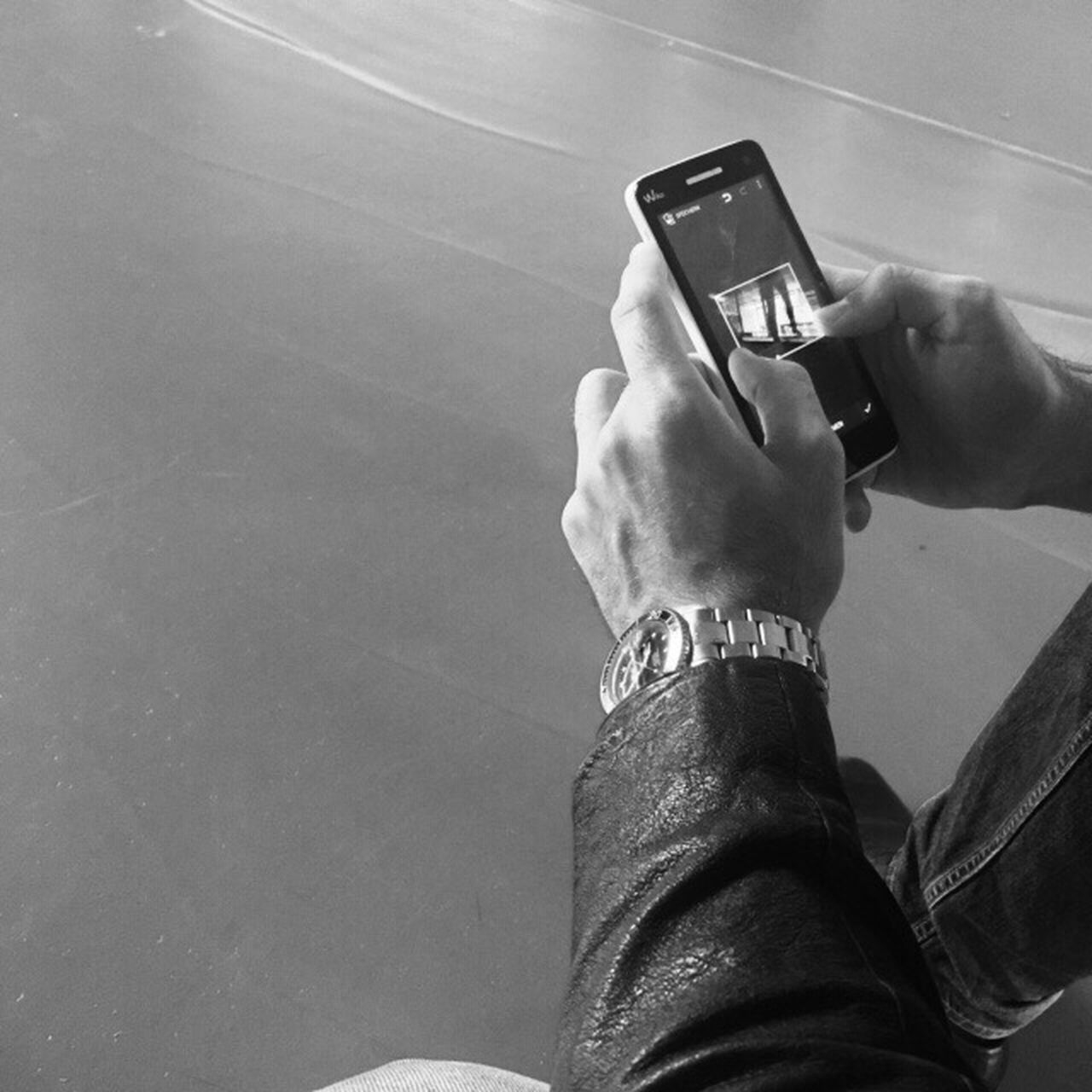 Mobile Conversations In School Friend Blackandwhite Stylish Dont Mess With Me Photography