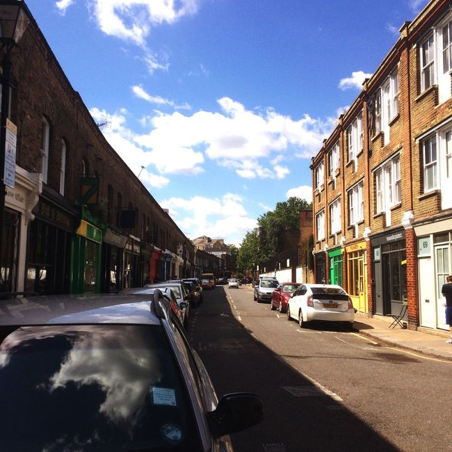 Early mornin' street empty, so quiet almost relaxing 👌🏻 London Columbiaroad Emptystreet Emptystreets