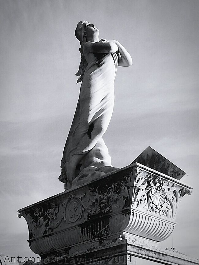 """Angel"". Funeraryart Statue Cemetery Photography Historic Cemeteries Black And White Black & White Cimiteromonumentale Cimitero Pra' ES75"