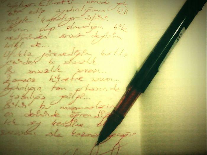 En sevdiğiniz kalemin tükenmesi kesinlikle hüzüne dahil .. My Notebook Mypen Writing Getting Inspired ..