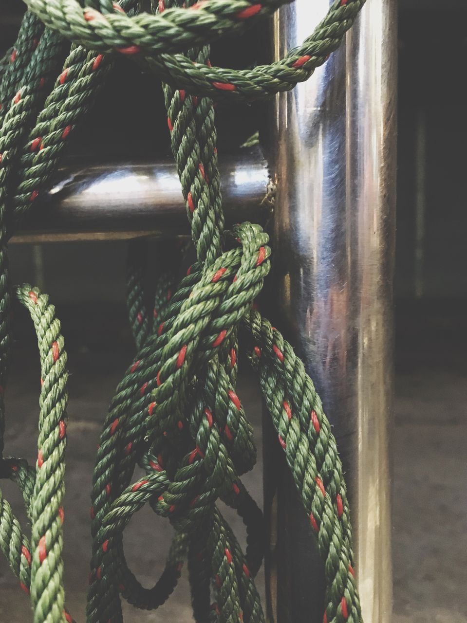 rope, strength, tied up, tied knot, durability, no people, close-up, chain, outdoors, day