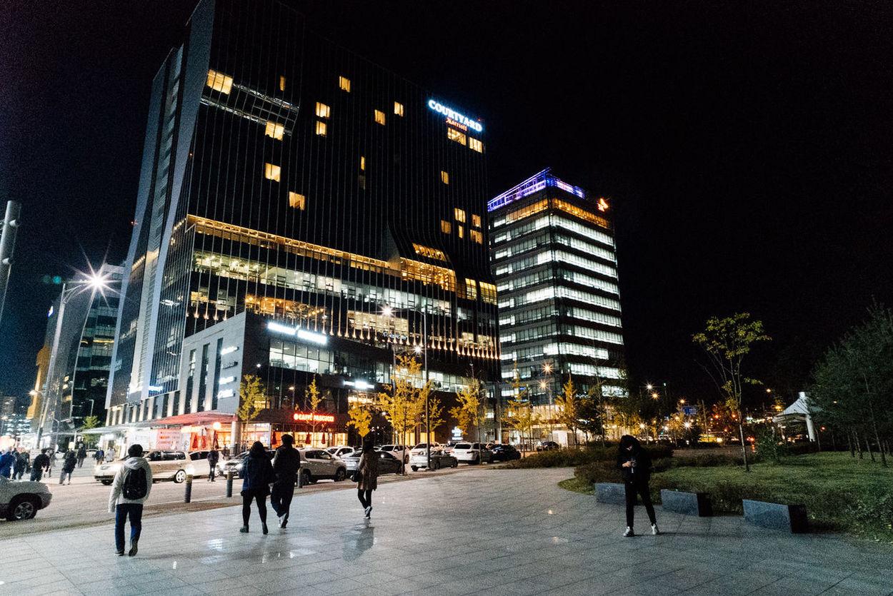 Pangyo Nightphotography Night Lights Night In The City EyeEm Korea Voigtländer Color Skopar Colorskopar 21mm