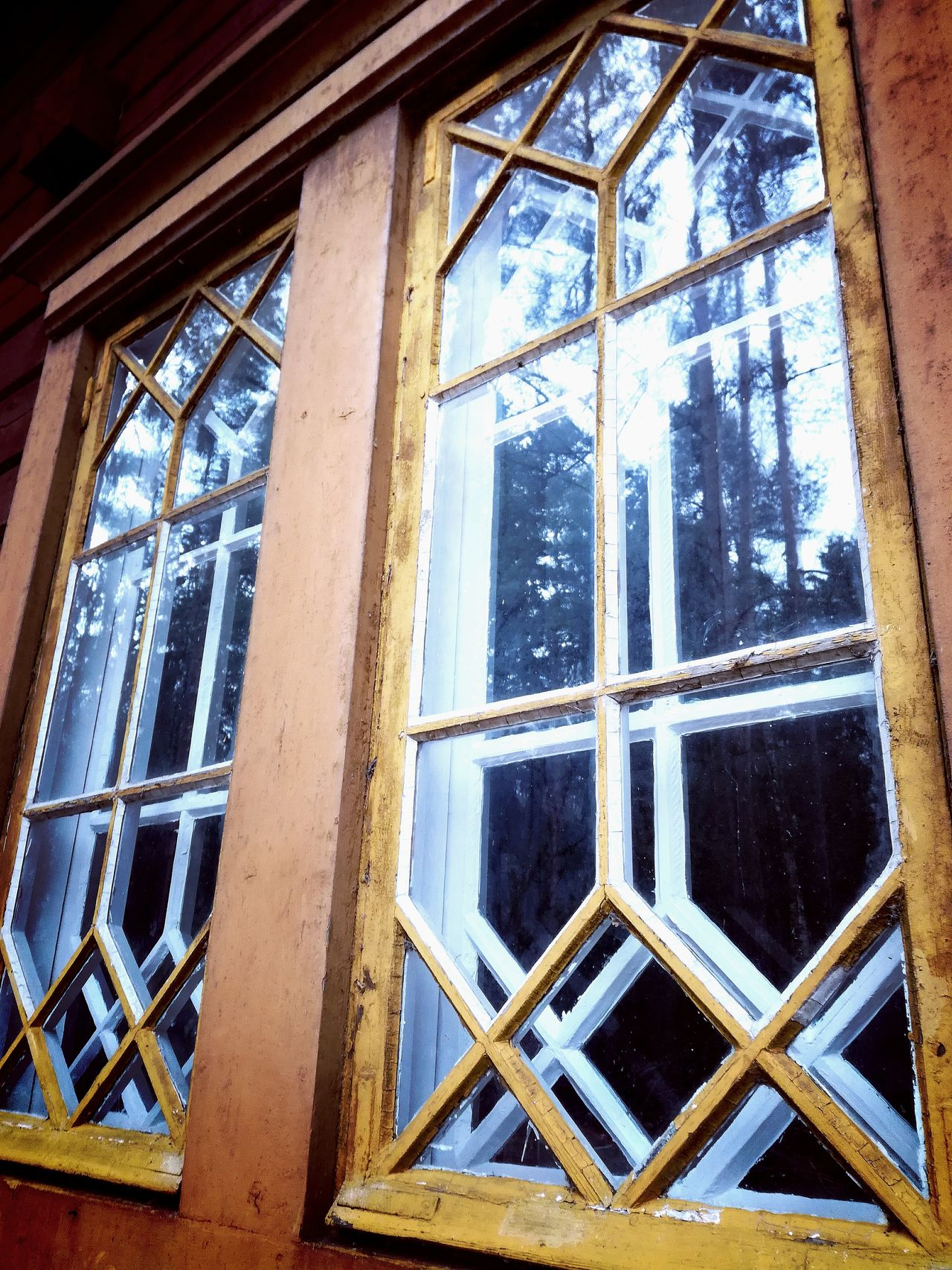 Window Window Frame No People Architecture Outdoors Close-up Day Old Buildings Glass Windows Crisscross Reflecting Rural Scene Old Houses Finland Lines And Angles Ols Style Romantic Style Rural Decay Vintage