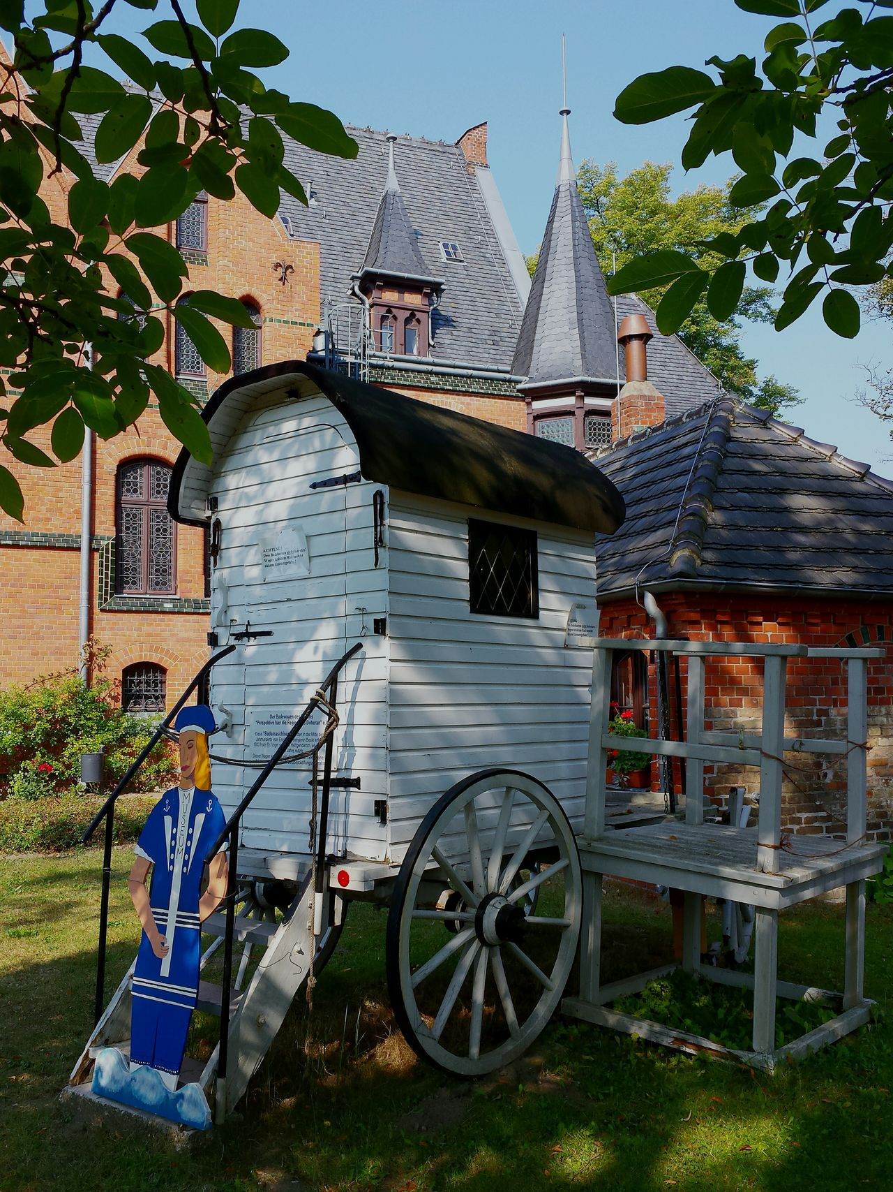 Architecture Built Structure Building Exterior Tree Land Vehicle Plant Outdoors Day Parked No People Ancient Beauty Badewagen Ancient Beach Waggon Bad Doberan Museum Ladyphotographerofthemonth Holiday POV Clear Sky Bad Doberan Tranquil Scene Museum Piece Naturally Framed Idyllic Historical Vehicle Bathing Coach