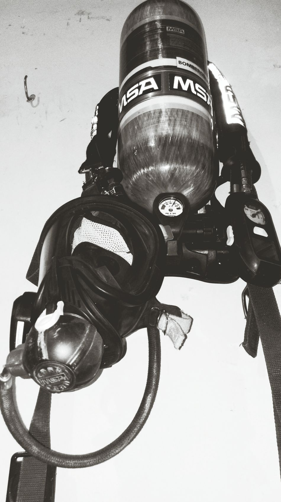 Firefighter Firedepartment SCBA Scba Mask MSA Alarm Firealarm Guardianocturna Emergency Services
