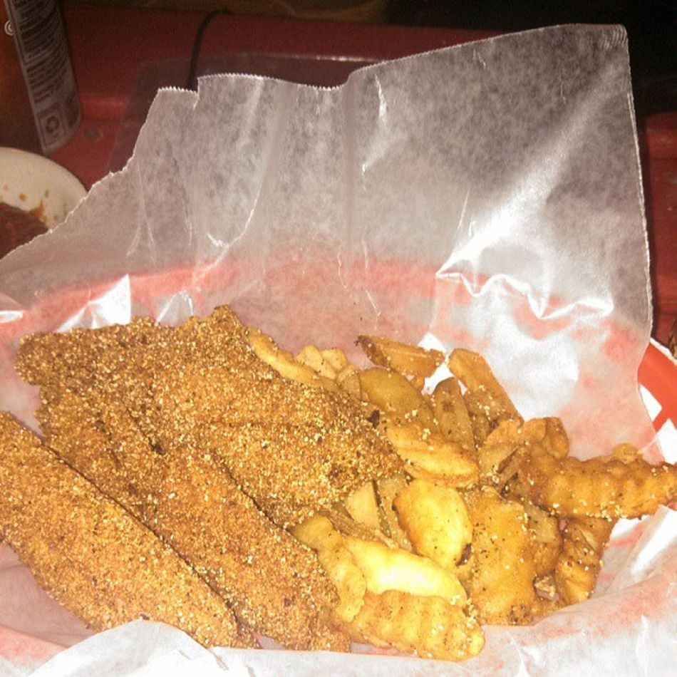 Catfish basket Brocooked Catfiah Spicy
