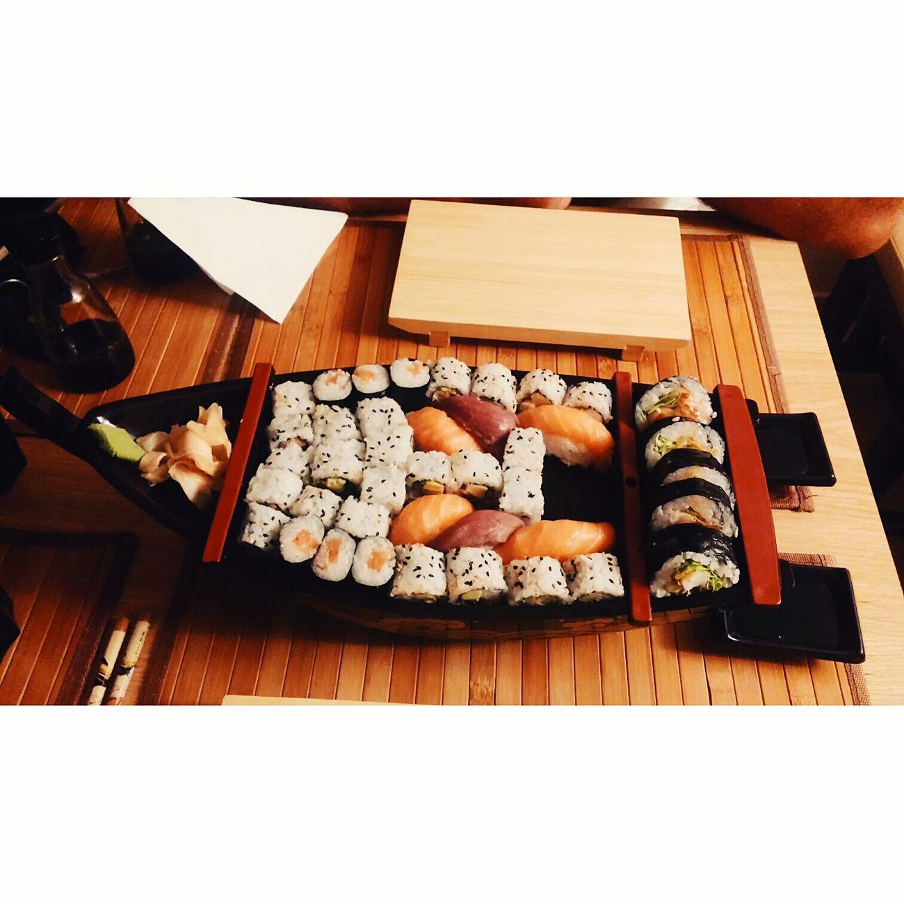 Sushi Sushis Sushilover Sushiaddict Eating Sushi SushiBar Sushiroll