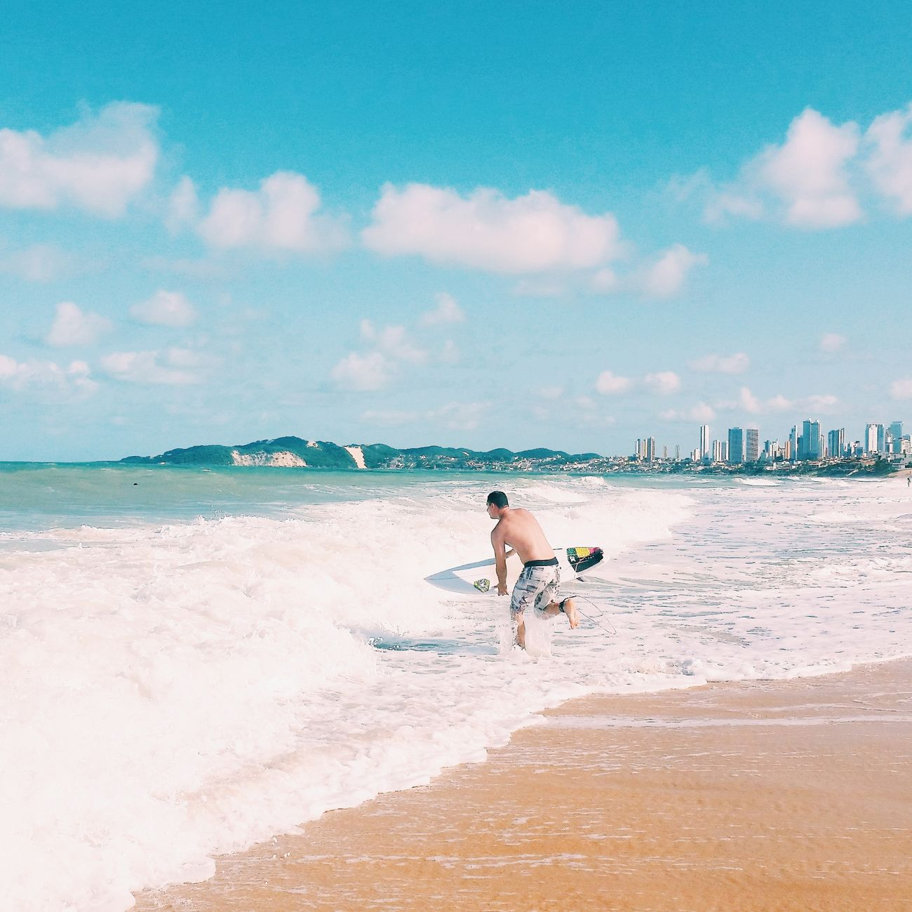Entrando na onda 🌊 First Eyeem Photo Showcase April The KIOMI Collection Natal RioGrandeDoNorte RN Brasil Sea Beach Surf