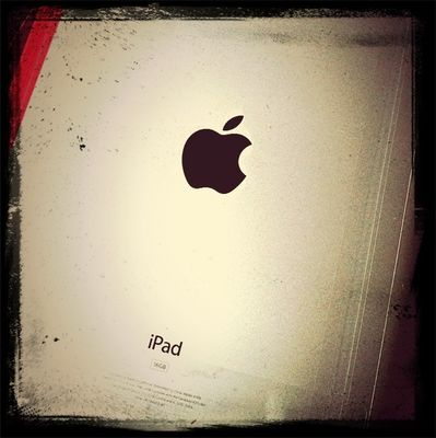 ipad 3 in Madrid by Marcos Díaz Martín