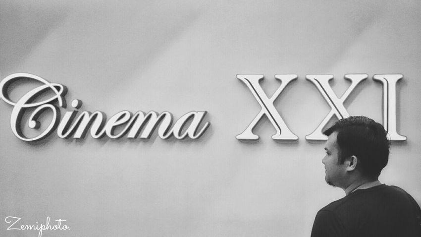 Cinema XXI - Center Point Mall Cinema21 Movie Premiere CinemaXXI Blackandwhite Black & White Blackandwhite Photography Smartphonephotography XperiaZ3compact EyeEm Best Shots - Black + White Zemiphoto