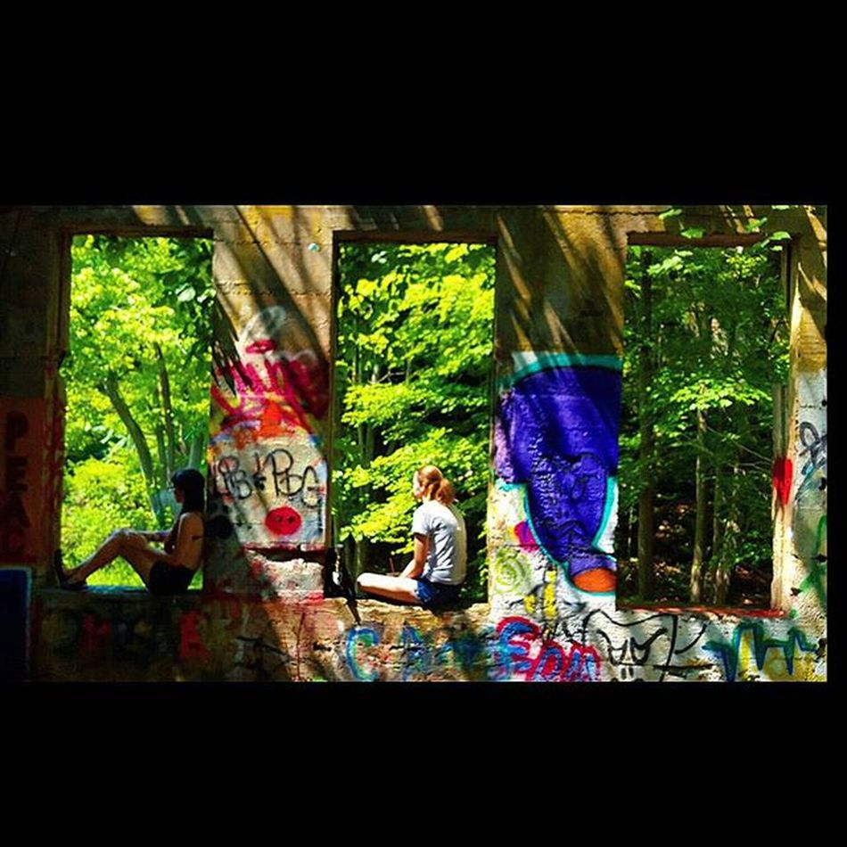 Awesome adventure with two beautiful ladies. Kelleymediaproductions Art Exploring Hiking Hikingphotography Nature Naturephotography Ladies Graffiti Abandoned Abandonedbuilding Photography Photographersofinstagram Color Colorphotography Stayrad
