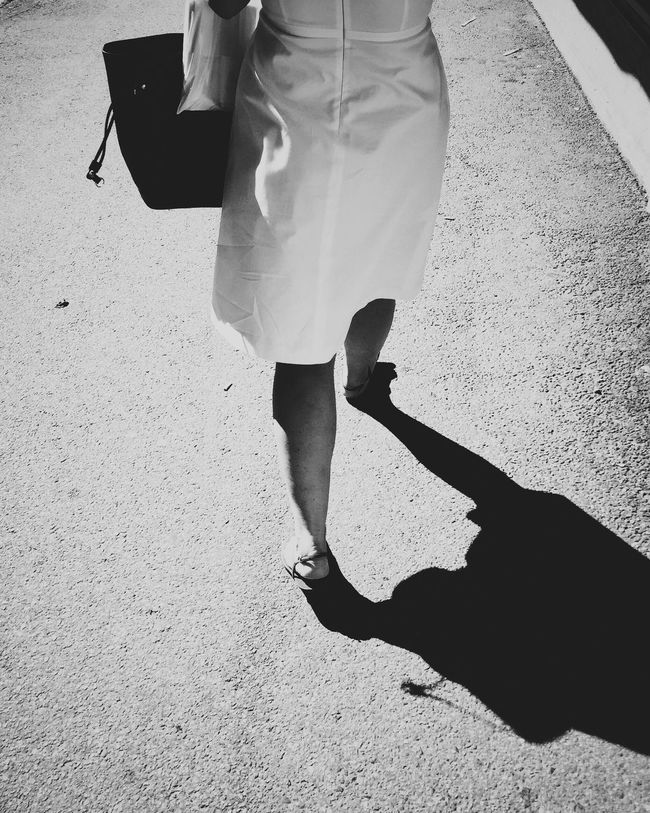 untitled 3 • Oslostreets Streetphotography Street Photography Streetsofoslo Streetbwcolor Black & White Youmobile Walking Shadow Lifestyles Footpath