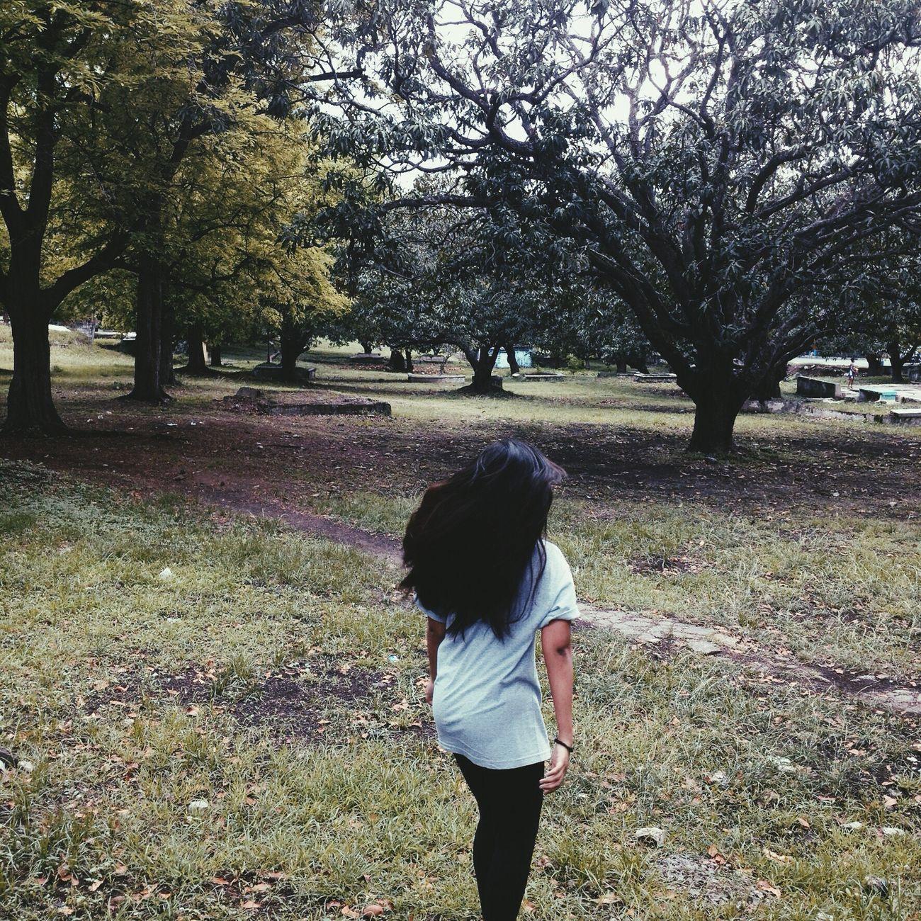 "Fine Art Photography ""The Girl"" Hello World Sunken Gardens Check This Out Girls Spamlike Bestshot Muntinlupa MNL"
