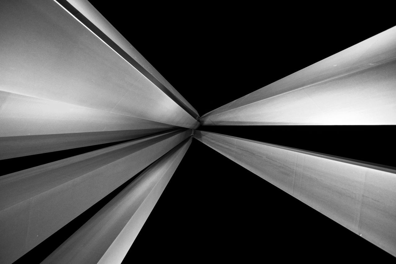 Verticality Abstract Altissimo Arts Culture And Entertainment B&w Backgrounds Bars Black Sky Blackandwhite Convergence Convergente Converging Lines Design Designing Geometry Glowing Higher Highest LINE Lines Nice France Nice, France Nizza Prism Punto Di Fuga Speed