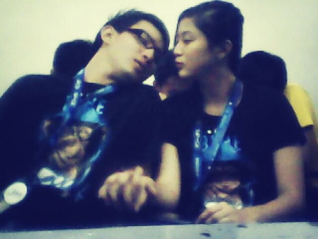 almost kisses are the best \m/ Loveydovey <3