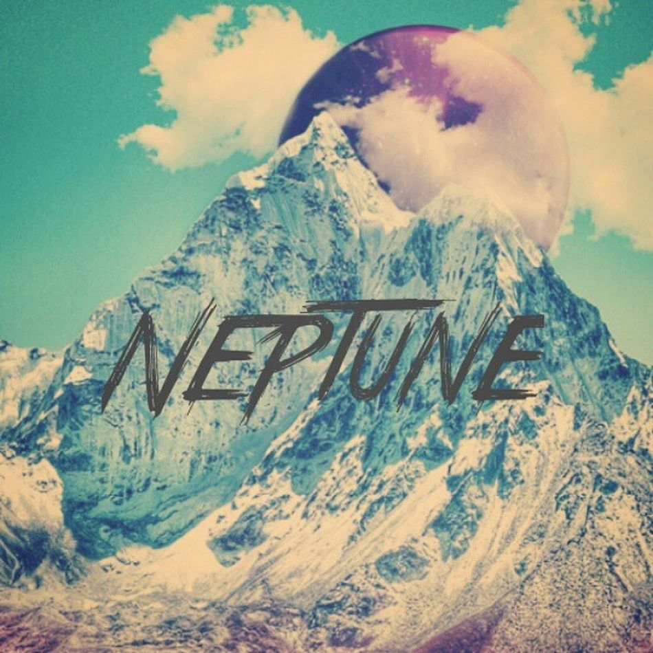 Ketika neptunus menghampiri bumi . Created by me using Meld App + PicLab Studio ( typograph ) Tool Mask Colony Earth Meld Piclab Android Create Digital Mountain