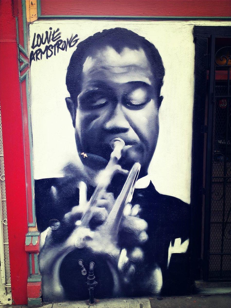 hey man, there goes mack the knife. Streetart Jazz