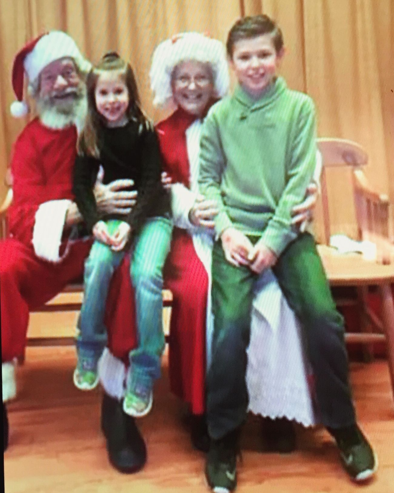 Mr. & Mrs. Claus posing with my two favorite kids ❤️ Picture Kidsphotography Kids Siblings Family❤ Family Love  Niece 💕 Nephewlove Nephew ♡ NIECE LOVE Santa Claus Christmastime Holidays Smiling People Enjoying Life Simple Things In Life Happiness Indoors  Snapshot Joy Love Them