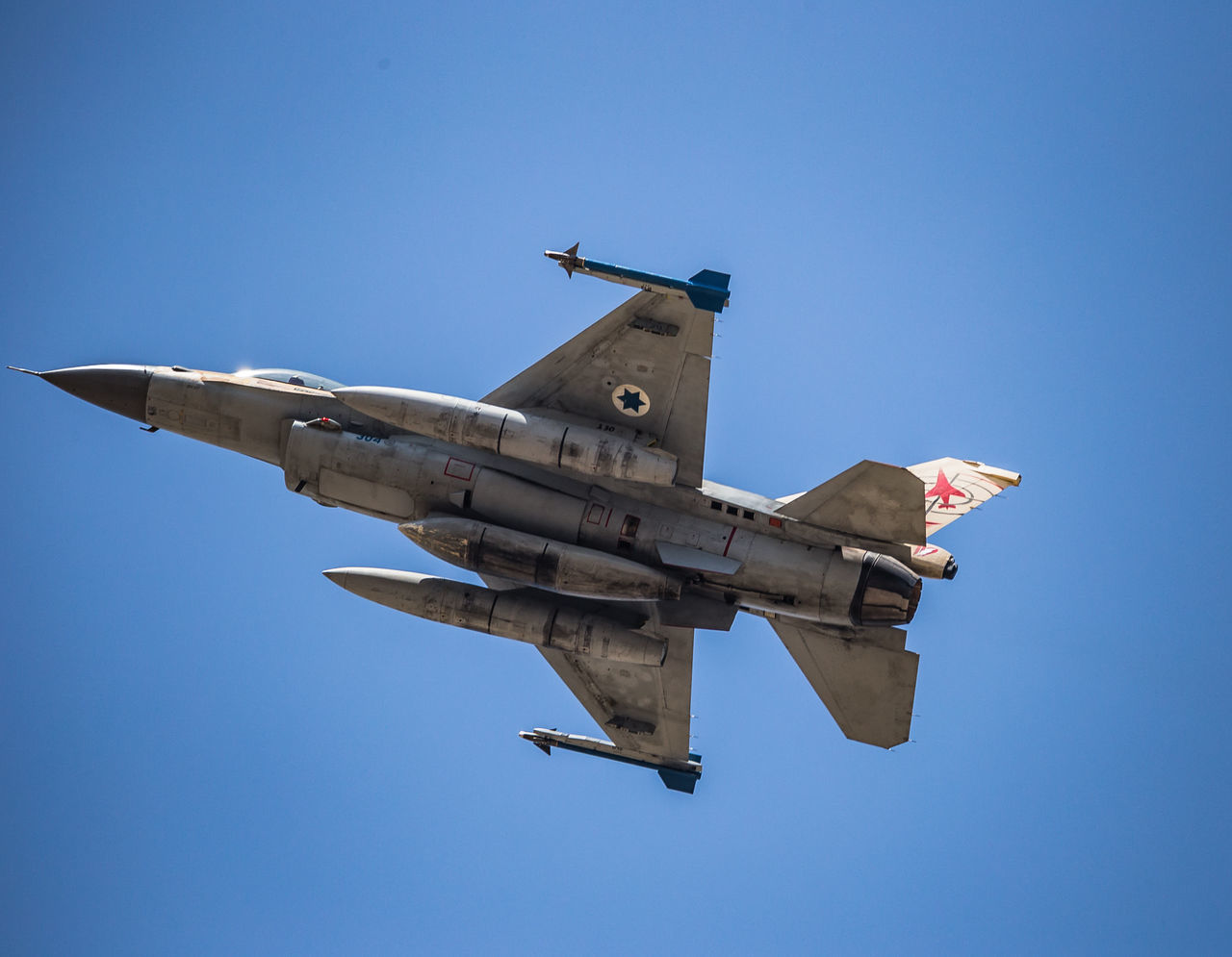 Air Force Air Vehicle Airplane Aviation Blue Blue Sky Clear Sky F-16 Fighting Falcon Flight Flying General Dynamics IAF Israeli Air Force Military Transportation
