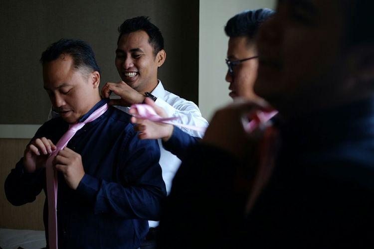 Learn & Shoot: Layering Bokeh Wedding Wedding Photography Happiness Happy Famiy POTD Up Close & Personal FUJIFILM X-T1